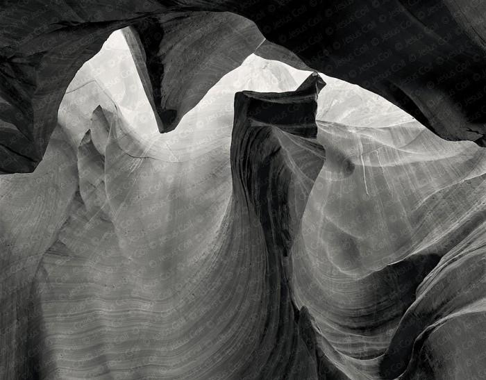 The Face, Middle Antelope Canyon, Arizona, USA. Fotografía Fine Art de Paisaje en Blanco y Negro de Jesús Coll