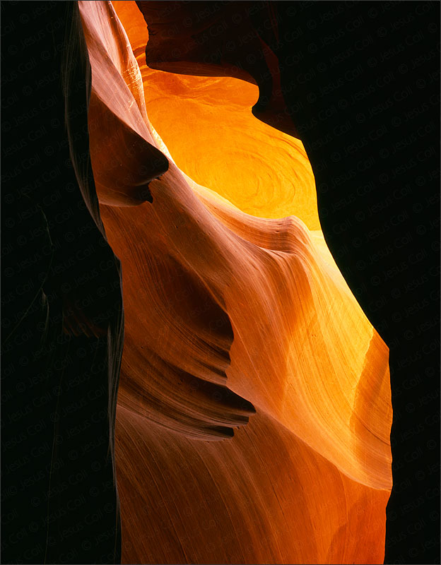 The Eye, Middle Antelope Canyon, Arizona, USA. Fine Art Color Landscapes Photography by Jesus Coll