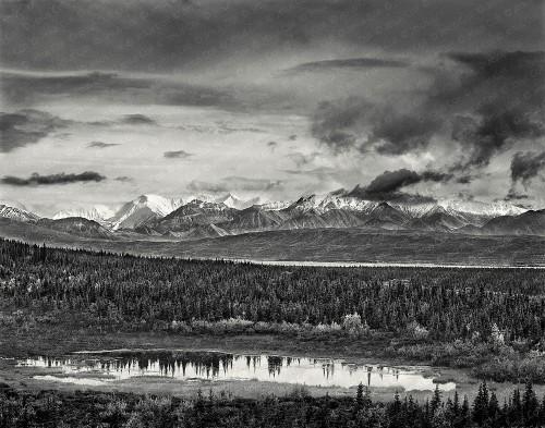 Storm on the Range, Denali Nat'l. Park, Alaska, USA. Fotografía Fine Art de Paisajes Blanco y Negro de Jesús Coll