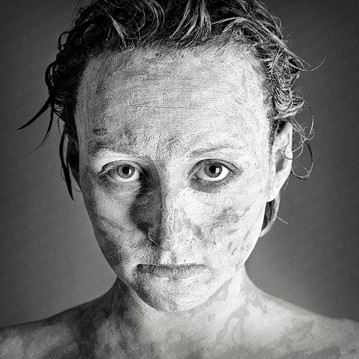 Wild Eyes. Fotografía de Retrato Fine Art Blanco y Negro de Jesús Coll