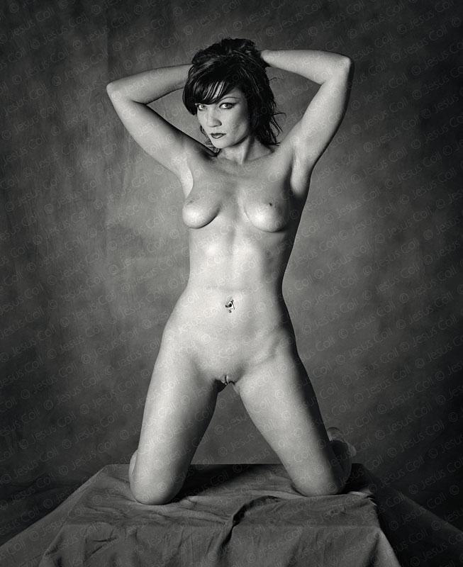 Feline III. Fotografía Desnudo Artístico Fine Art en Blanco y Negro de Jesús Coll