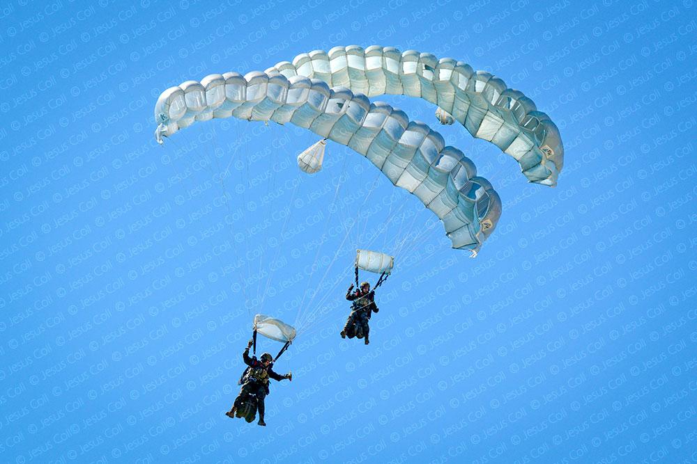 festa-al-cel-mataro--paracaidismo