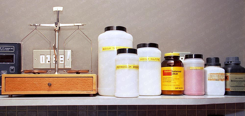 Analog Photographic Darkroom. Developing agents and other chemical products to make custom developers and formulas, along the weighting scale. © Jesus Coll