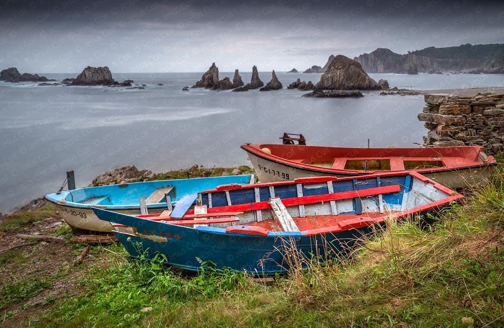 Playa de Gueirua, Asturias, España © Jesus Coll. Nikon 28mm f/1.4 ISO 100 f/1185 seg.