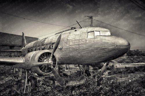 A Plane in My Yard, Near Brasov, Romania de Jesús Coll