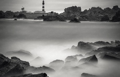 Winding Road. Phare du Creac'h. Ouessant, Bretagne, France