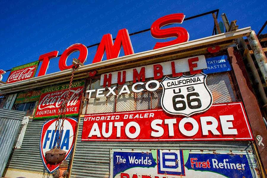 Toms Welding, Barstow, California, Route-66